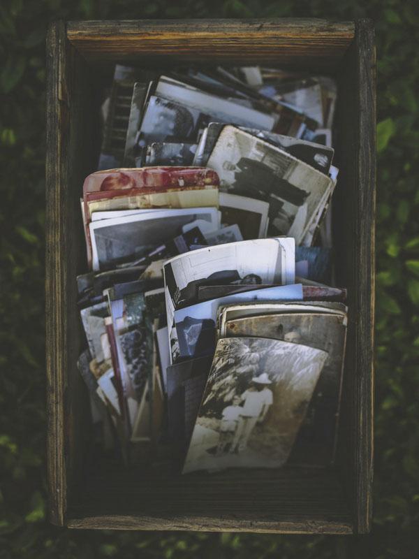 zerutik tienda de fotos en donostia revelado impresion digital caja con fotos